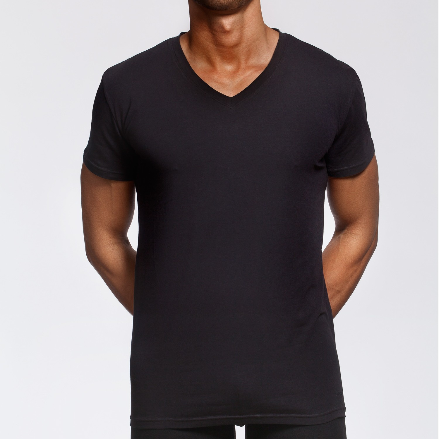 Gant premium basic cs t shirt v neck black t shirts V neck black t shirt